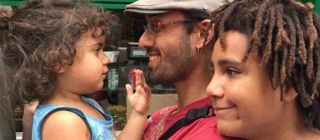 10 Tips For Easy Vegan Family Travel